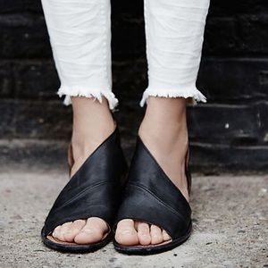 FREE PEOPLE- Mont Blanc Sandal Black Leather 39